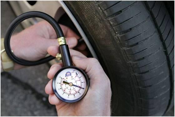 Проверка давления в шинах ВАЗ 2107